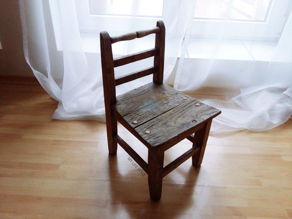 DIY - Niebieskie krzesełko