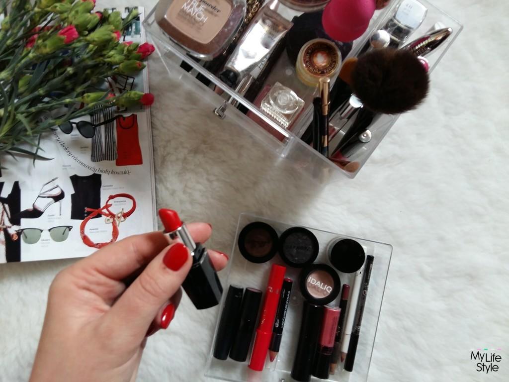 Organizer na kosmetyki