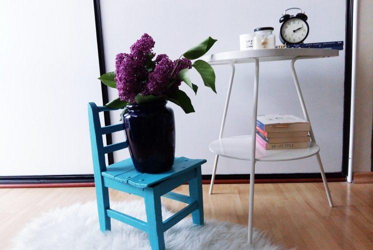 DIY – Niebieskie krzesełko