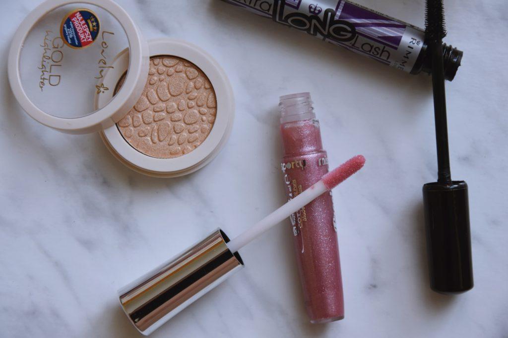Tanie, a dobre - kosmetyki do makijażu