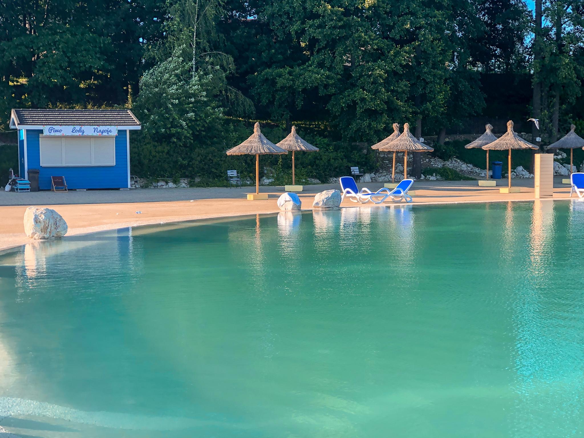 Molo Resort